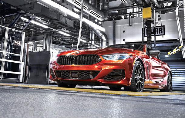 BMW a început producția noului Seria 8 Coupe: modelul constructorului bavarez este asamblat în cadrul fabricii din Dingolfing, Germania - Poza 11