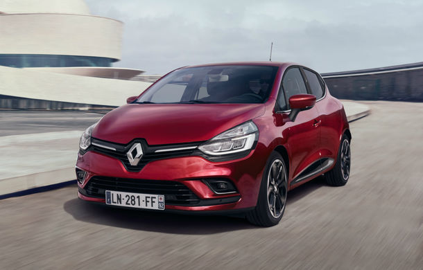 Renault Clio detronează Skoda Octavia după 7 ani: subcompacta franceză a devenit cea mai vândută mașină de import în România - Poza 1