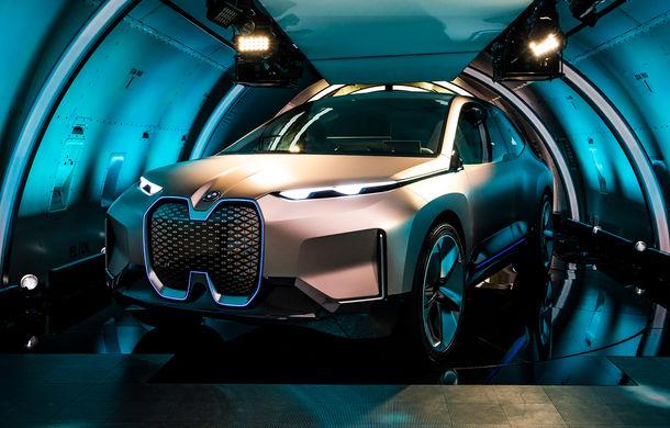BMW Vision iNext: conceptul care anticipează tehnologiile și interiorul mașinilor autonome ale germanilor. Versiunea de serie debutează în 2021 - Poza 15