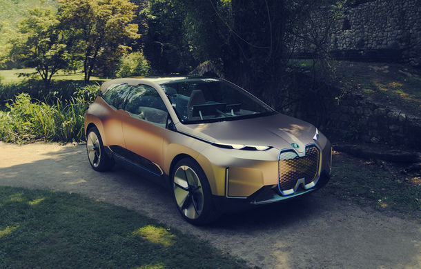 BMW Vision iNext: conceptul care anticipează tehnologiile și interiorul mașinilor autonome ale germanilor. Versiunea de serie debutează în 2021 - Poza 21