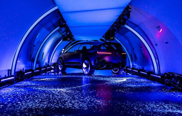BMW Vision iNext: conceptul care anticipează tehnologiile și interiorul mașinilor autonome ale germanilor. Versiunea de serie debutează în 2021 - Poza 8