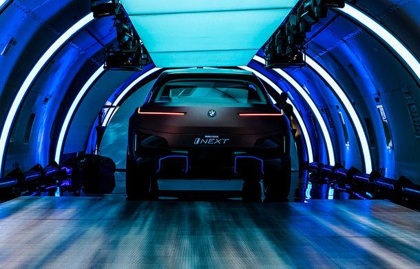 BMW Vision iNext: conceptul care anticipează tehnologiile și interiorul mașinilor autonome ale germanilor. Versiunea de serie debutează în 2021 - Poza 10