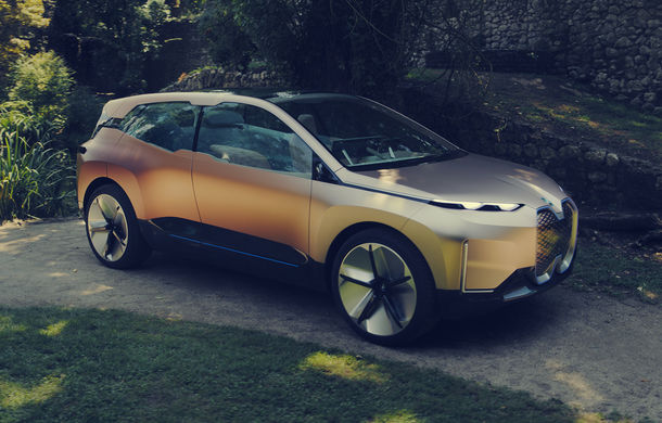 BMW Vision iNext: conceptul care anticipează tehnologiile și interiorul mașinilor autonome ale germanilor. Versiunea de serie debutează în 2021 - Poza 22