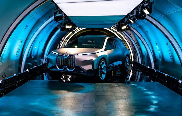 BMW Vision iNext: conceptul care anticipează tehnologiile și interiorul mașinilor autonome ale germanilor. Versiunea de serie debutează în 2021 - Poza 16
