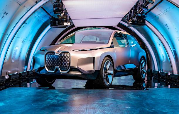 BMW Vision iNext: conceptul care anticipează tehnologiile și interiorul mașinilor autonome ale germanilor. Versiunea de serie debutează în 2021 - Poza 2