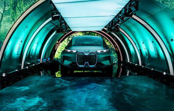 BMW Vision iNext: conceptul care anticipează tehnologiile și interiorul mașinilor autonome ale germanilor. Versiunea de serie debutează în 2021 - Poza 17