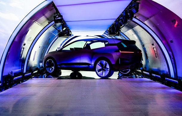 BMW Vision iNext: conceptul care anticipează tehnologiile și interiorul mașinilor autonome ale germanilor. Versiunea de serie debutează în 2021 - Poza 18