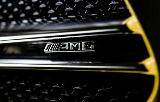 Primele teasere cu Mercedes-AMG A35: grila și blocurile optice, parțial dezvăluite - Poza 2