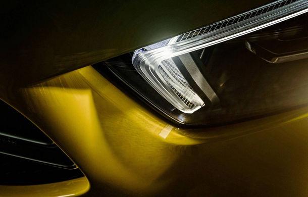 Primele teasere cu Mercedes-AMG A35: grila și blocurile optice, parțial dezvăluite - Poza 1