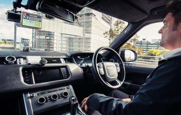 """Un Range Rover Sport autonom a fost testat cu succes în Marea Britanie: """"Vrem ca mașinile autonome să devină o realitate pentru clienți în cel mult 10 ani"""" - Poza 1"""