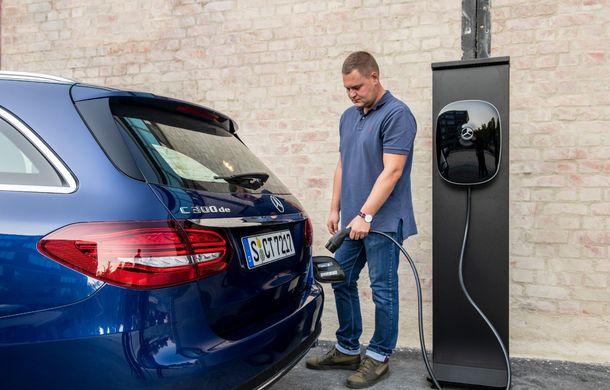 Detalii despre versiunea Mercedes-Benz C300de: plug-in hybrid diesel-electric cu 306 CP și autonomie electrică de până la 57 de kilometri - Poza 15