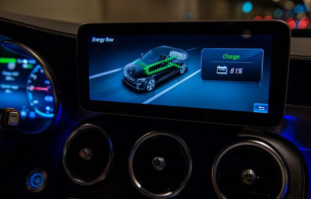 Detalii despre versiunea Mercedes-Benz C300de: plug-in hybrid diesel-electric cu 306 CP și autonomie electrică de până la 57 de kilometri - Poza 29