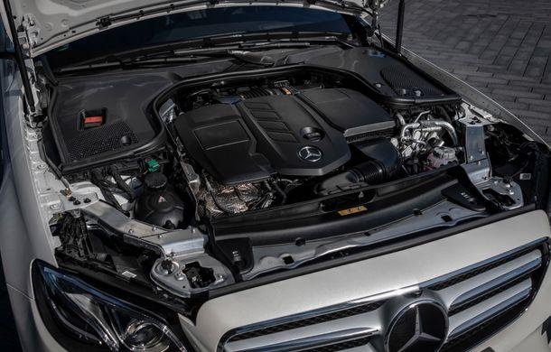 Mercedes-Benz Clasa E primește noi versiuni cu sistem hibrid de propulsie: până la 320 CP și autonomie în modul electric de 54 de kilometri - Poza 25