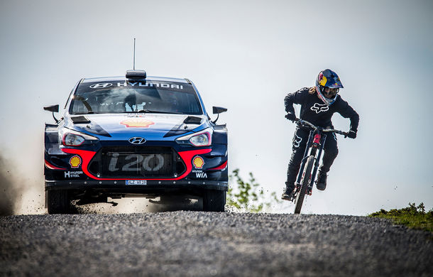 Cursă neobișnuită: un Hyundai i20 WRC și o bicicletă se întrec în inima Portugaliei - Poza 8