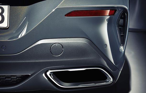 BMW Seria 8 Cabrio, poze și informații oficiale: motorizări de până la 530 CP și 15 secunde pentru plierea plafonului din material textil - Poza 33