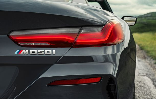 BMW Seria 8 Cabrio, poze și informații oficiale: motorizări de până la 530 CP și 15 secunde pentru plierea plafonului din material textil - Poza 31