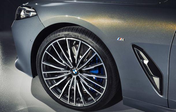 BMW Seria 8 Cabrio, poze și informații oficiale: motorizări de până la 530 CP și 15 secunde pentru plierea plafonului din material textil - Poza 35