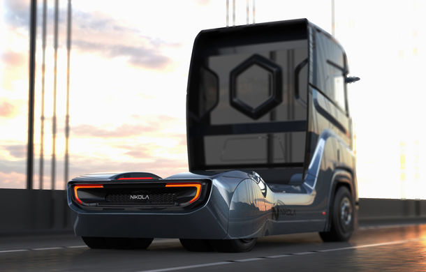 Primele teasere cu Nikola Tre: capul tractor alimentat cu hidrogen cu autonomie de 1.200 kilometri apare în Europa în 2023 - Poza 2
