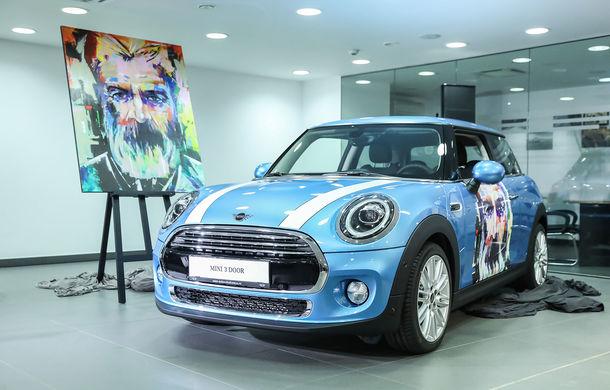 Auto Cobălcescu a inaugurat un showroom Mini în București: evenimentul a fost marcat prin lansarea unui proiect de artă - Poza 1