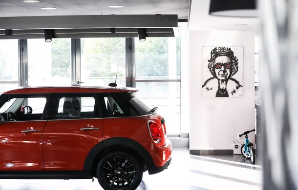 Auto Cobălcescu a inaugurat un showroom Mini în București: evenimentul a fost marcat prin lansarea unui proiect de artă - Poza 3