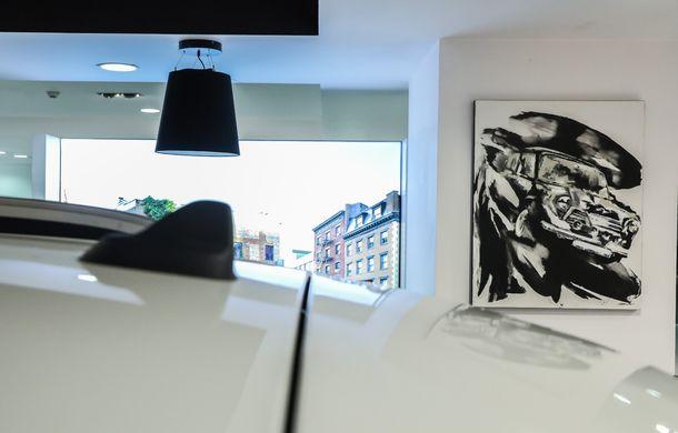 Auto Cobălcescu a inaugurat un showroom Mini în București: evenimentul a fost marcat prin lansarea unui proiect de artă - Poza 14