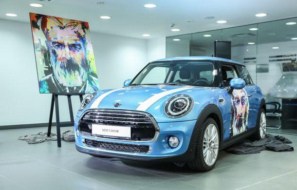 Auto Cobălcescu a inaugurat un showroom Mini în București: evenimentul a fost marcat prin lansarea unui proiect de artă - Poza 8