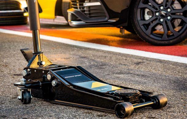 Renault lansează linia de accesorii RS Performance dedicată lui Clio RS: elemente de caroserie și echipamente derivate din cele utilizate în motorsport - Poza 12