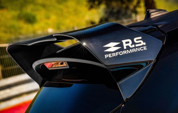 Renault lansează linia de accesorii RS Performance dedicată lui Clio RS: elemente de caroserie și echipamente derivate din cele utilizate în motorsport - Poza 8