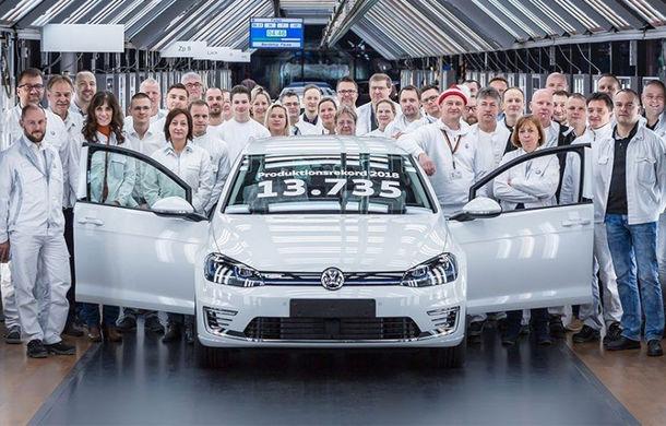 Volkswagen a mărit producția lui e-Golf de aproape trei ori: aproape 14.000 de unități în 2018 - Poza 1