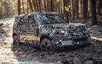 Primele imagini cu noua generație Land Rover Defender: modelul off-road, testat sub camuflaj înainte de prezentarea din 2019