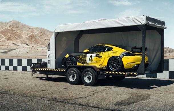 Porsche a prezentat noul 718 Cayman GT4 Clubsport: suspensie preluată de la 911 GT3 Cup și portiere fabricate dintr-un amestec de fibre organice - Poza 10