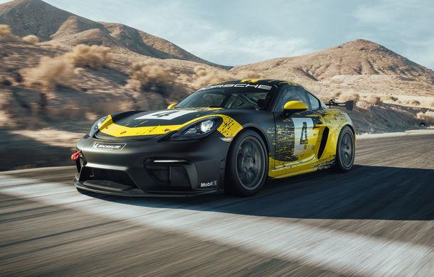 Porsche a prezentat noul 718 Cayman GT4 Clubsport: suspensie preluată de la 911 GT3 Cup și portiere fabricate dintr-un amestec de fibre organice - Poza 1