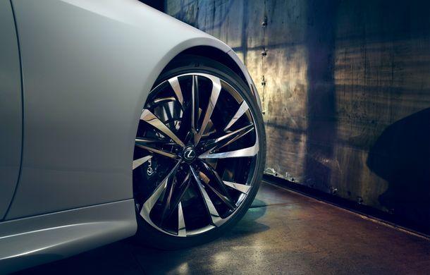 Primele imagini cu Lexus LC Convertible Concept: prototipul niponilor va fi expus la Detroit și anunță o versiune de serie - Poza 12