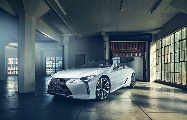 Primele imagini cu Lexus LC Convertible Concept: prototipul niponilor va fi expus la Detroit și anunță o versiune de serie - Poza 3