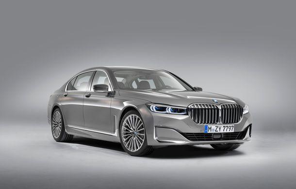 BMW Seria 7 facelift, imagini și detalii oficiale: design revizuit, asistent personal inteligent și motoare îmbunătățite - Poza 19