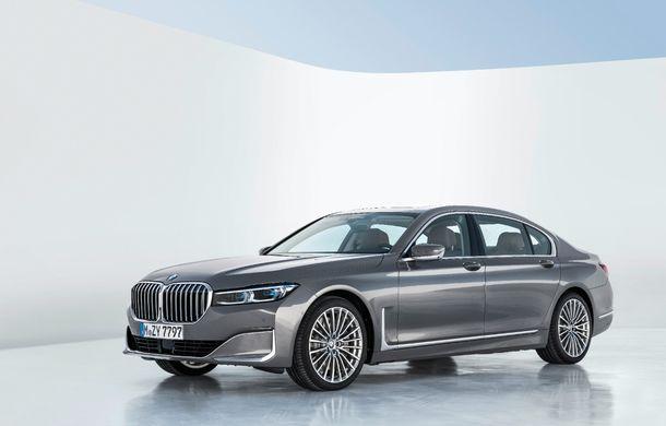 BMW Seria 7 facelift, imagini și detalii oficiale: design revizuit, asistent personal inteligent și motoare îmbunătățite - Poza 14
