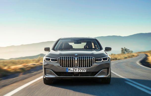 BMW Seria 7 facelift, imagini și detalii oficiale: design revizuit, asistent personal inteligent și motoare îmbunătățite - Poza 5