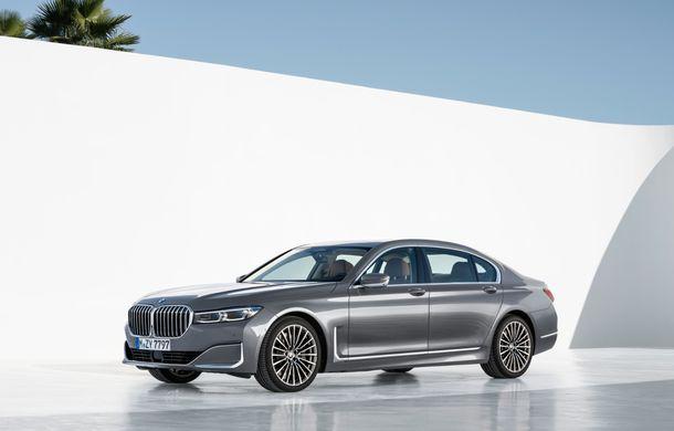 BMW Seria 7 facelift, imagini și detalii oficiale: design revizuit, asistent personal inteligent și motoare îmbunătățite - Poza 12