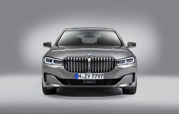 BMW Seria 7 facelift, imagini și detalii oficiale: design revizuit, asistent personal inteligent și motoare îmbunătățite - Poza 18