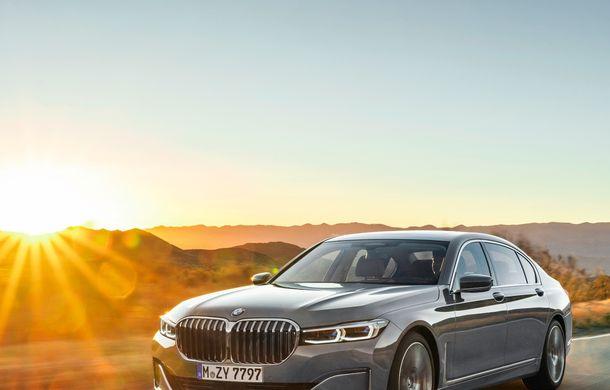 BMW Seria 7 facelift, imagini și detalii oficiale: design revizuit, asistent personal inteligent și motoare îmbunătățite - Poza 8