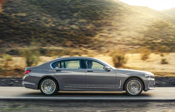 BMW Seria 7 facelift, imagini și detalii oficiale: design revizuit, asistent personal inteligent și motoare îmbunătățite - Poza 22