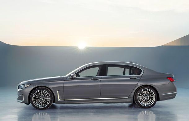 BMW Seria 7 facelift, imagini și detalii oficiale: design revizuit, asistent personal inteligent și motoare îmbunătățite - Poza 27