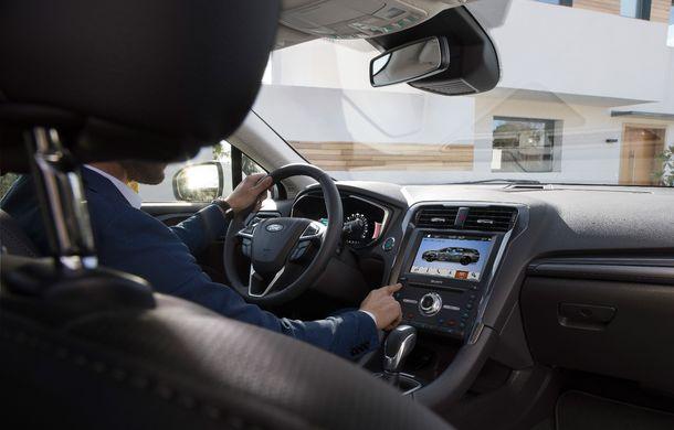 Ford Mondeo facelift, poze și informații oficiale: modificări minore la nivel estetic, motorizări îmbunățățite și versiune hibrid pe varianta break - Poza 9