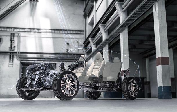Primele imagini cu SUV-ul coupe Geely: platformă comună cu Volvo XC40 și același motor pe benzină cu 247 CP - Poza 7