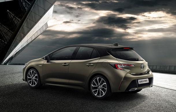 Noua generație Toyota Corolla este disponibilă și în România: sedanul pornește de la 17.750 de euro, iar hatchback-ul de la 18.300 de euro - Poza 9
