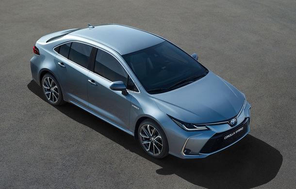 Noua generație Toyota Corolla este disponibilă și în România: sedanul pornește de la 17.750 de euro, iar hatchback-ul de la 18.300 de euro - Poza 2