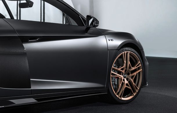 Audi a lansat ediția specială R8 V10 Decennium: 222 de exemplare și preț de 222.000 euro - Poza 8
