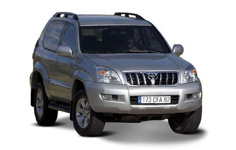 Toyota Land Cruiser  3 Usi (2007)