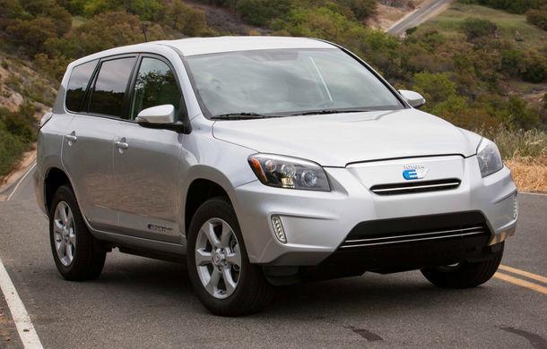 Toyota RAV4 electric, de la model revoluţionar la fiasco: toate unităţile sunt rechemate în service din cauza Tesla - Poza 2