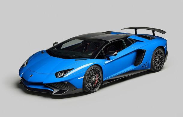 Lamborghini Aventador LP750-4 SV Roadster: noua variantă a decapotabilei de 750 CP va costa 357.000 de euro - Poza 3